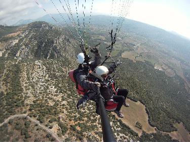Vistas de Otoño en el Valle de Àger al volar en Parapente
