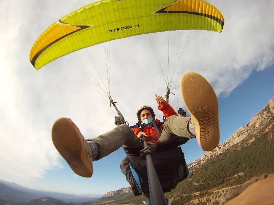 Volar en parapent tot l'any a Àger